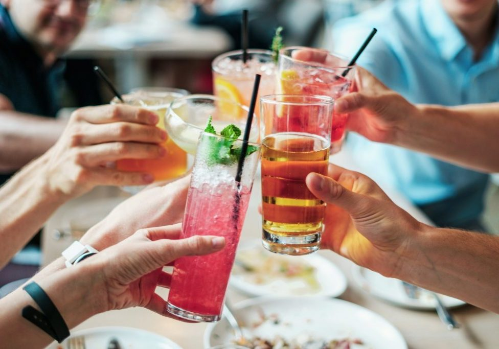 Your Guide to On Premise Drinking pexels-burst-544961